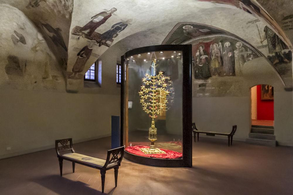 Tree of Love in Lucignano