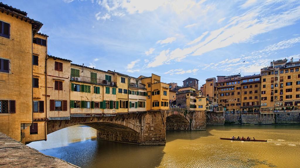 Ponte Vecchio from Lungarno degli Acciaiuoli