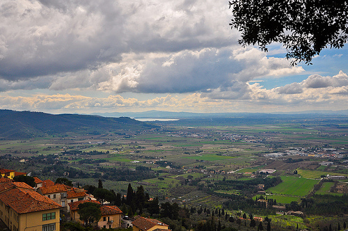 Cortona_by_michele_mazzoli