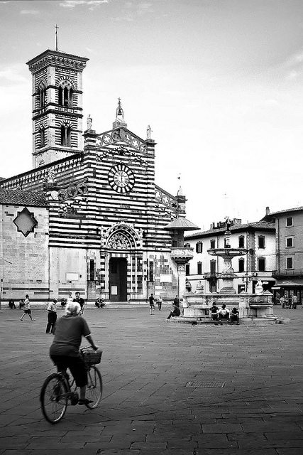 prato_duomo_square