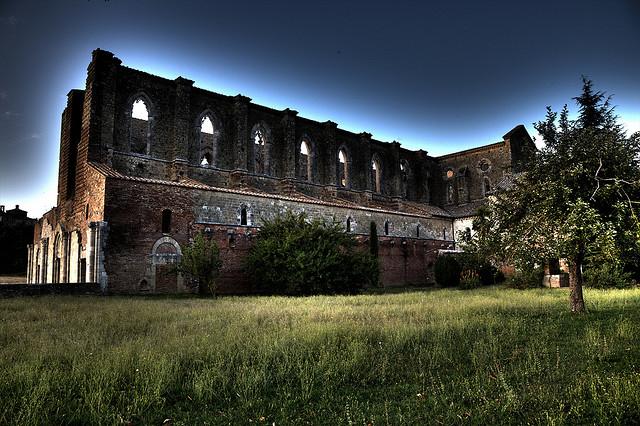 san_galgano_abbey_tuscany