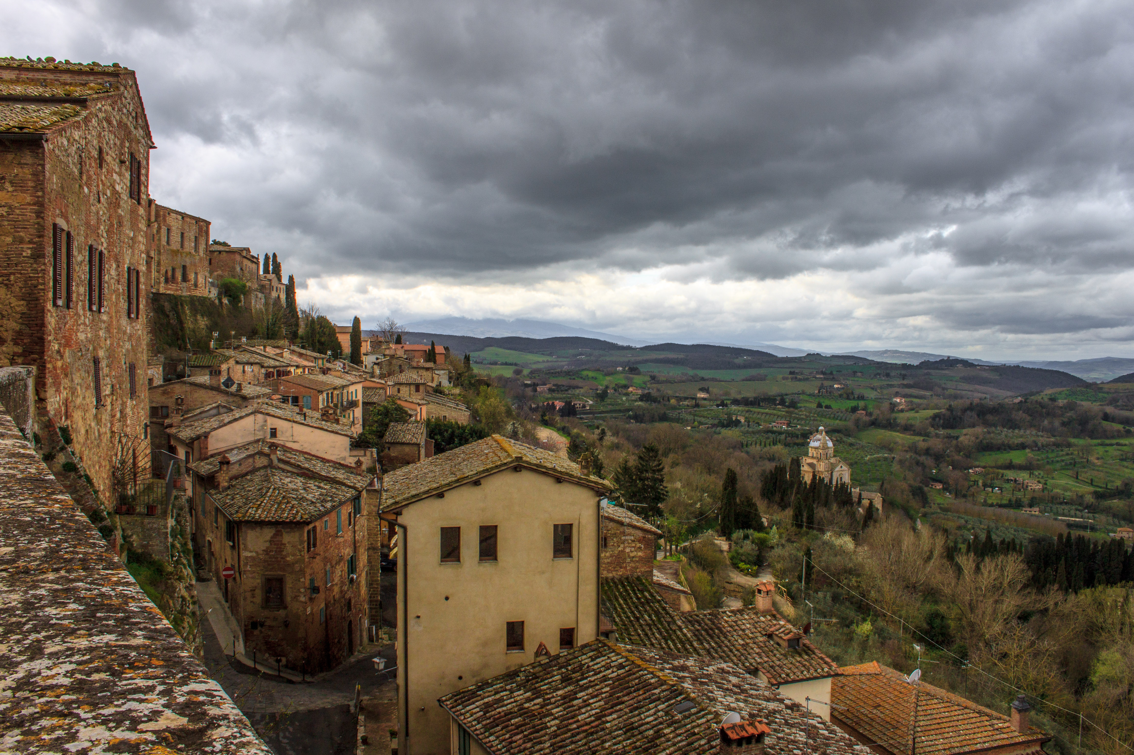 10 magical towns in tuscany visit tuscany for Montepulciano italy