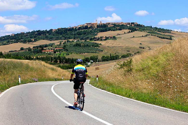 biking Italy Tuscany