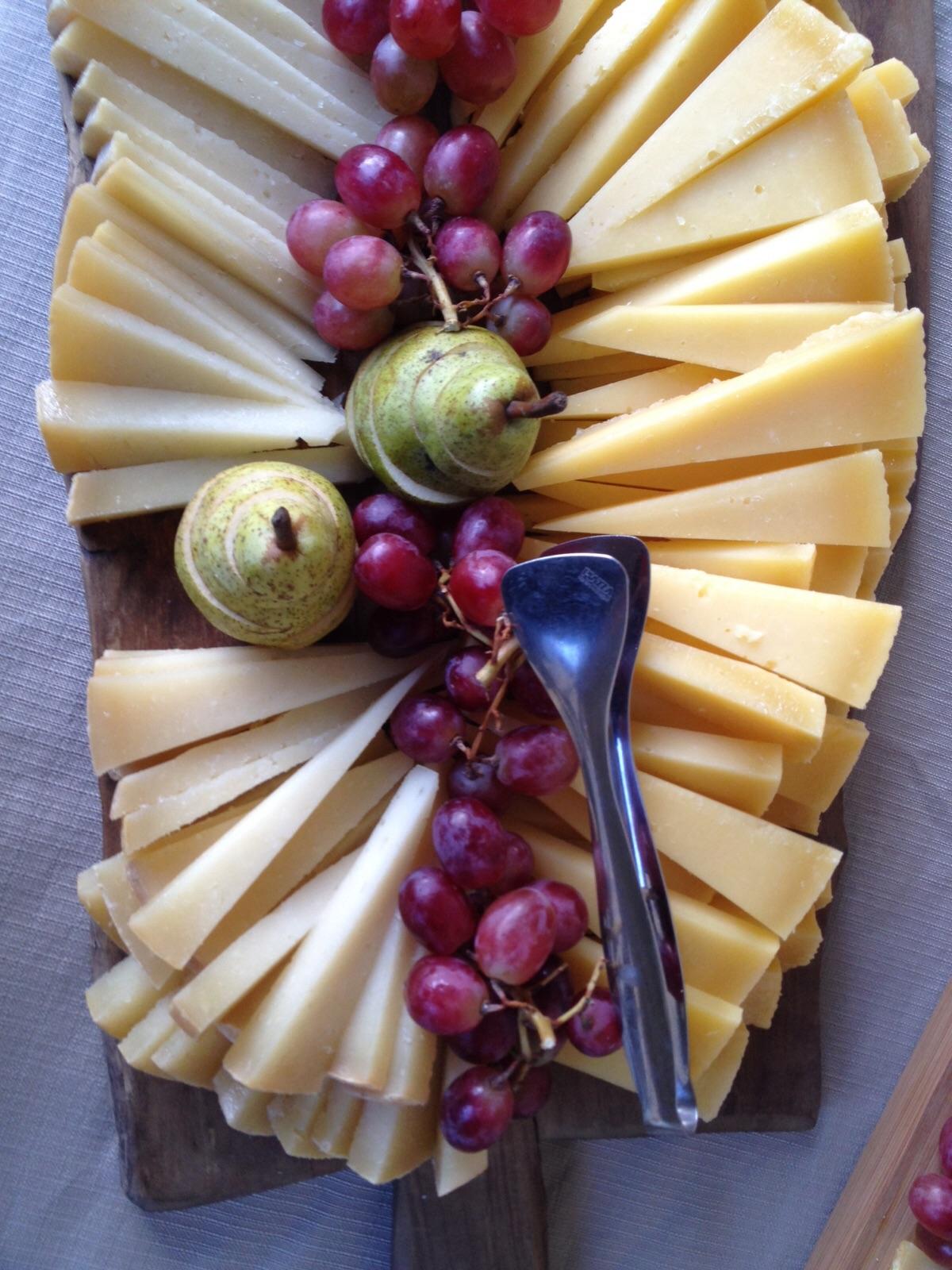 tuscan-setting-food