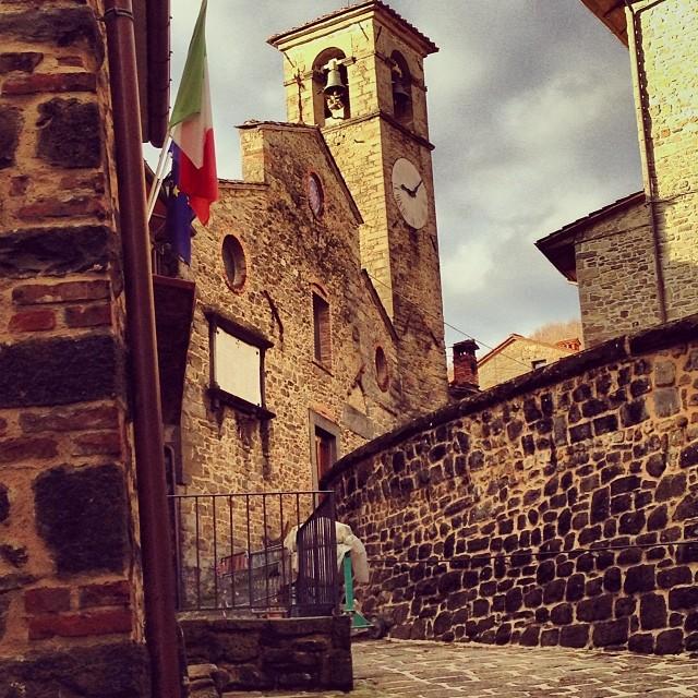 Ortignano-Raggiolo-most-beautiful-villages-in-Tuscany-Italy
