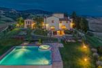[Photo Credits: Villa Ciggiano]