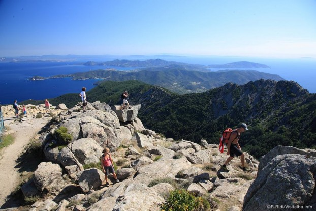 On-top-Monte-capanne