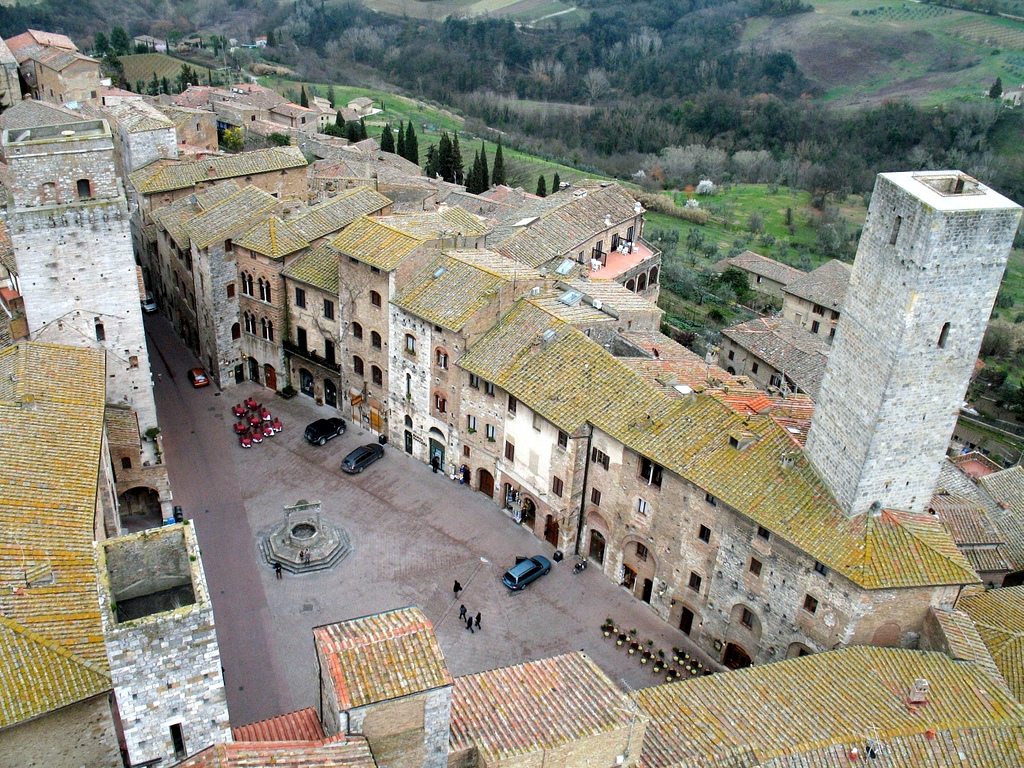 Piazza di San Gimignano [Photo Credits: gengish bit.ly/13nxED6]