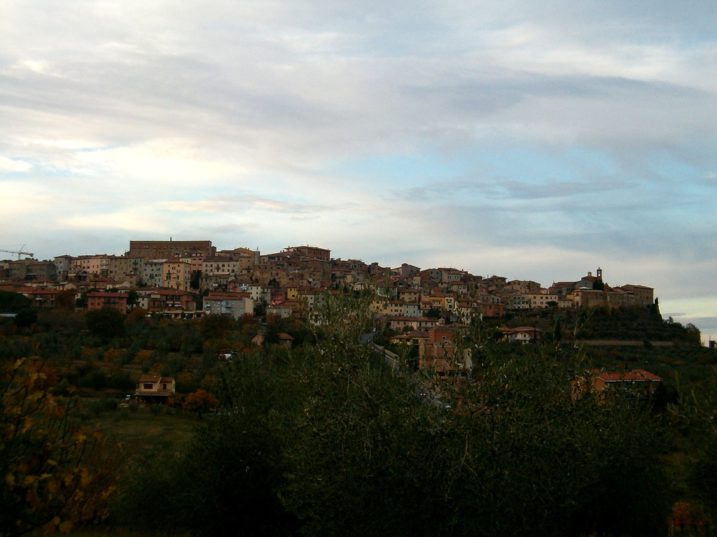 Vista del borgo senese in Toscana