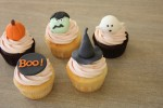 Halloween cupcakes [Photo Credits: sugar*baking http://bit.ly/16pg4BR]