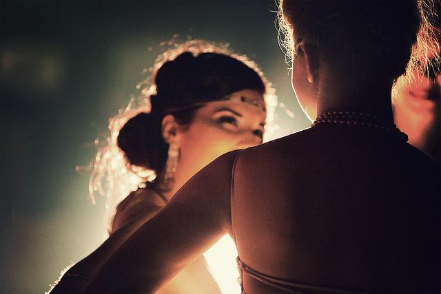 A lezione di Burlesque [Photo Credits: Kenzo Soza]
