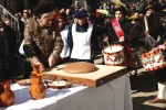 La distribuzione di polenta dolce a Vernio