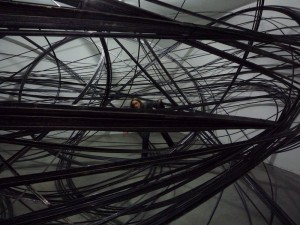 Anthony Gormley, installation of aluminum tubes, CCCS Firenze 2010 (photo: author)
