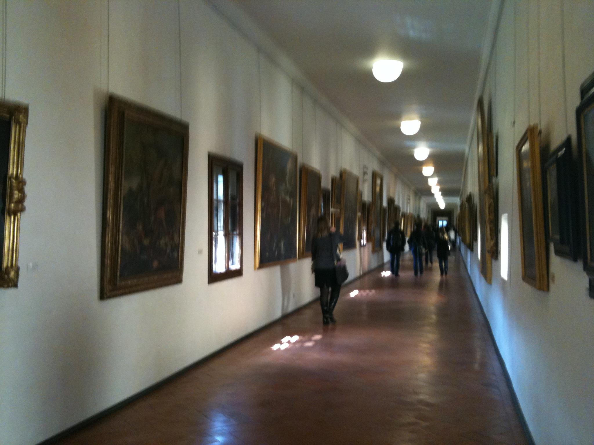 Vasari corridor – a secret passage above Florence (now ...