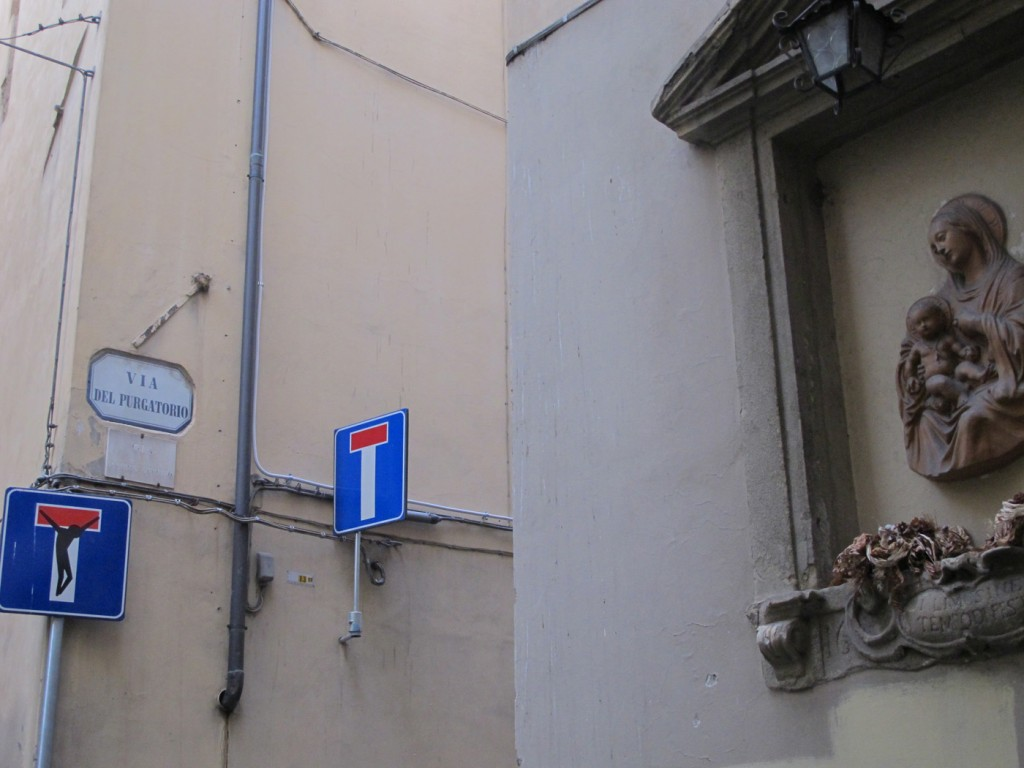 Via del purgatorio - now enhanced with street sign by Clet