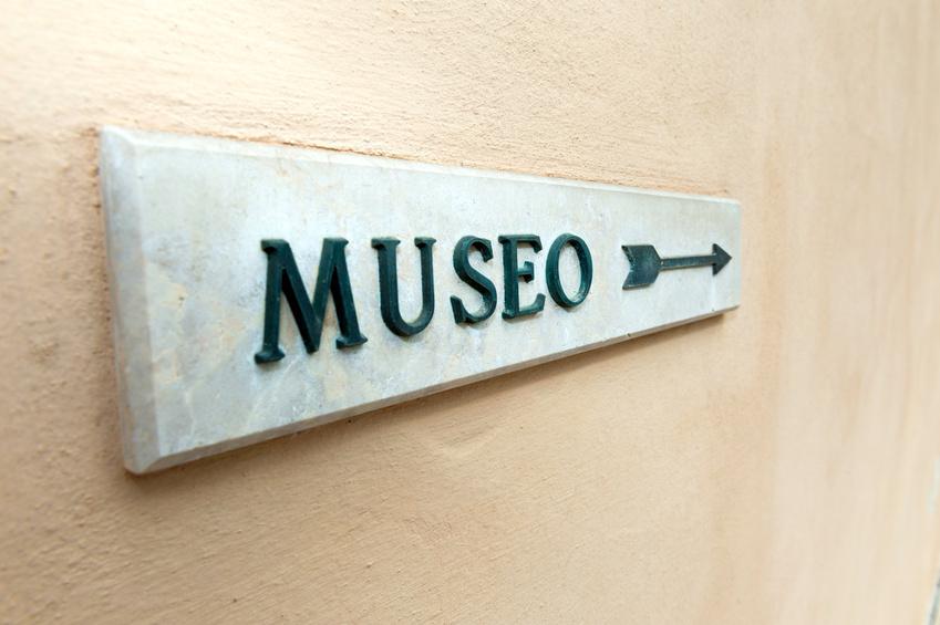 italian museum sign