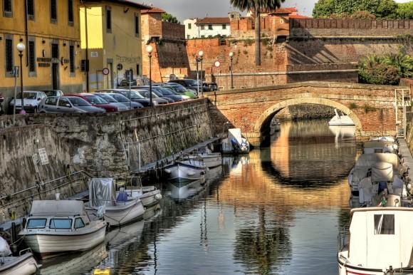 A glimpse of the district Venezia Nuova and, in the distance, the New Fortress, Livorno.