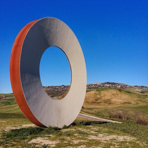 One of Mauro Staccioli's works in the surroundings of Volterra