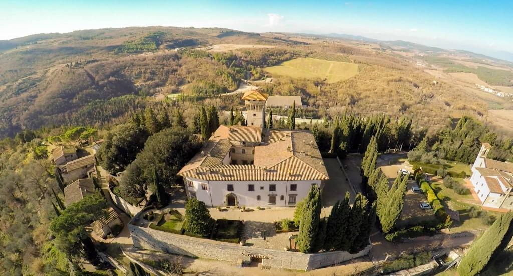 [Photo credits: castello di Vicchiomaggio]