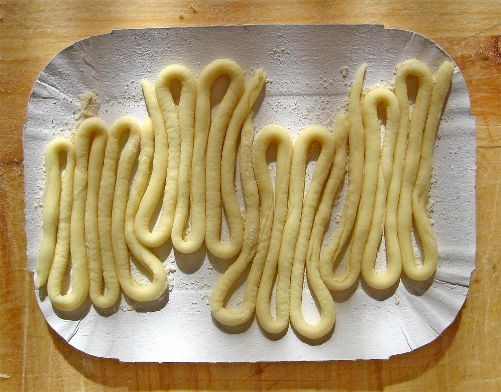 Pici pasta [Photo credits: Fugzu http://ow.ly/gJyAo]