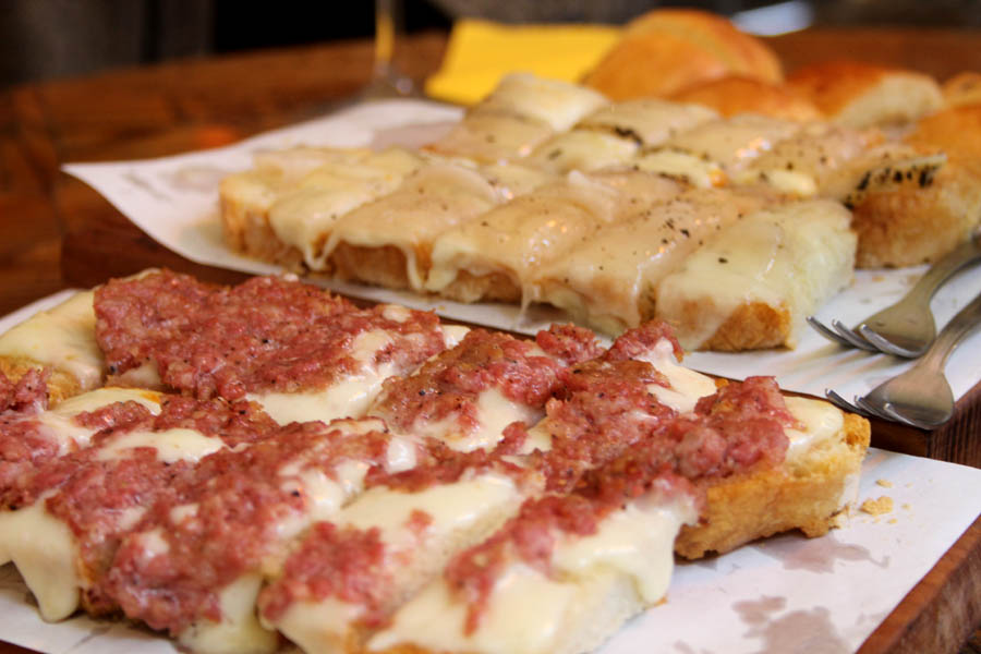 "Sausage and Fontina cheese ""crostoni"""