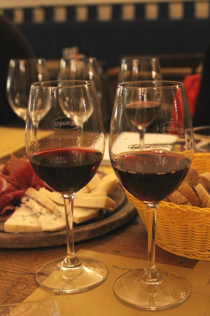Aperitivo in Florence, Tuscan food